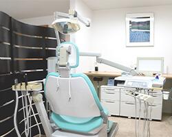 桂駅から徒歩3分の歯医者は岩崎歯科医院