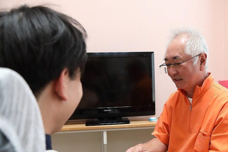 長年の経験と実績のある歯科医による精密な入れ歯
